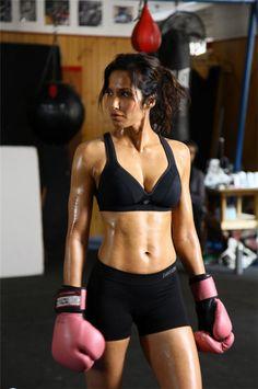 women kickboxing Bayside Queens